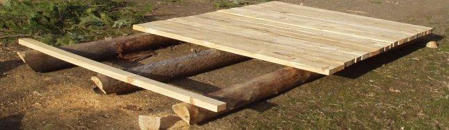 farrowing hut foundation